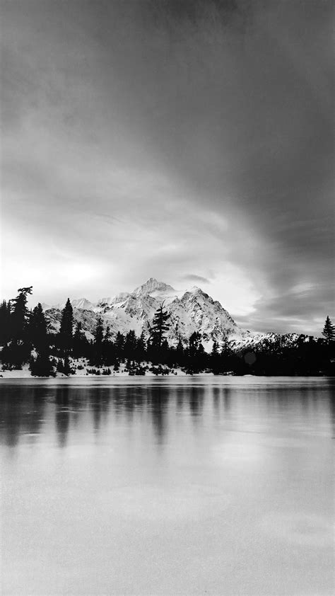 Black and white wallpapers for iPhone